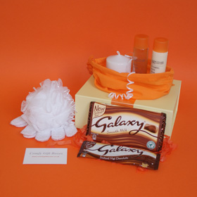 Galaxy mini pamper gifts, candle and bath pamper gifts for her, bath pampering presents
