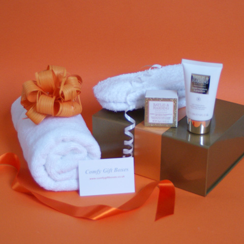 Foot pampering gift ideas for women, soothing feet gift set for her, relaxing feet ...
