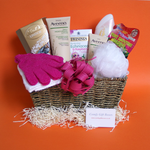 Pamper Hampers For Her Delivered Pampering Presents Mums Gift Baskets Women To