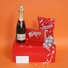 Maltesers® chocolate gifts, Maltesers® and Moet Champagne chocolate gift box, champagne gifts for women, Moet champagne and Malteser gifts UK