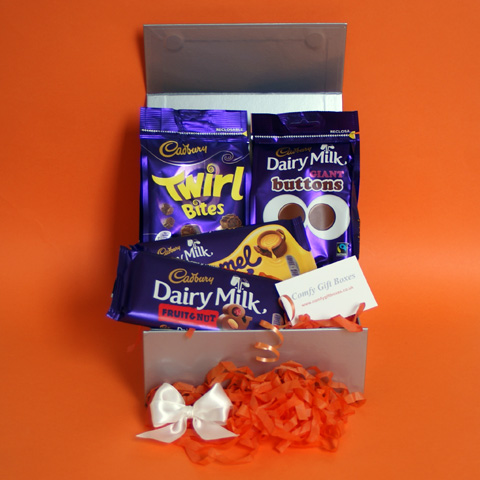 Cadbury chocolate hampers, small Cadbury gifts UK, Cadbury presents delivered, Cadbury pamper gift selections, chocolate gift hampers