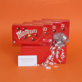Maltesers gifts, Maltesers chocolate gift box UK, Maltesers presents delivered, Maltesers pamper gift selections, chocolate gift UK