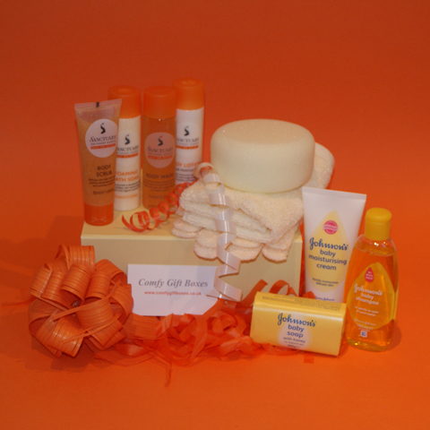 Pamper Gift for new Mums, new Mum pamper gifts UK, new mums gifts, new mum pampering ideas, new baby pamper gifts