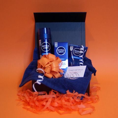 Nivea pamper gifts for men, gift ideas for men UK, male Nivea pampering presents UK, male gift ideas