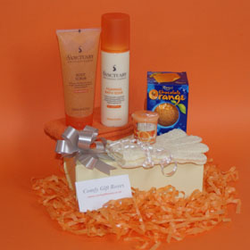 Orange spa pamper gifts for her, Terry's chcolate orange gifts, Sanctuary pamper gift boxes, spa gifts for her, relaxing spa bath gift