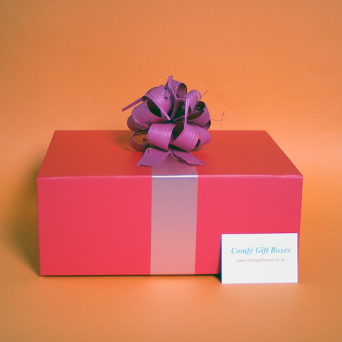 Shop for pamper gifts for women, pamper gift ideas for her UK